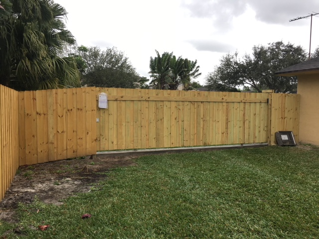 wood fence installation davie fl